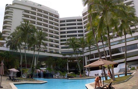 Hotel Equatorial Penang Pool Area