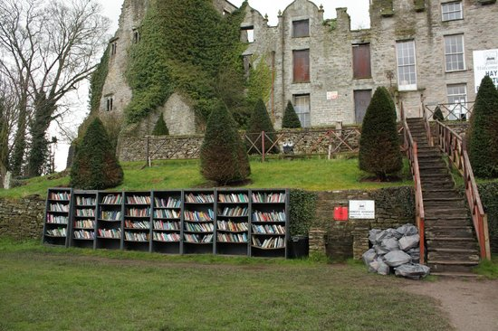 Castle Book Store: Hay on Wye