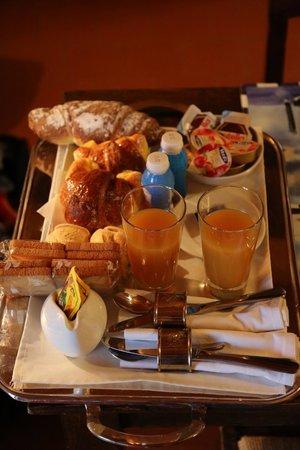 B&B Cantarelli: Frühstück