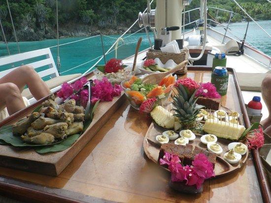 Yacht Nightwind : Lunch