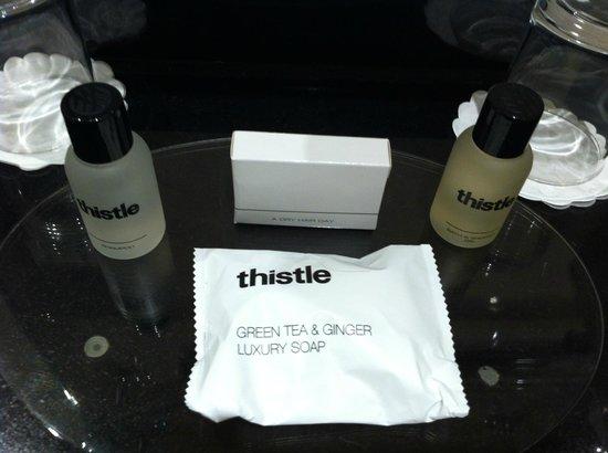 Thistle Euston : Complimentary soap, showergel, shampoo & shower cap