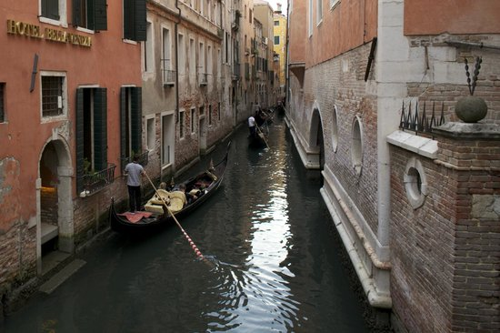 Hotel Bella Venezia: View from a nearby bridge hotel on the left entrance also by foot