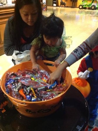 Kalahari Resorts & Conventions: trick or treating