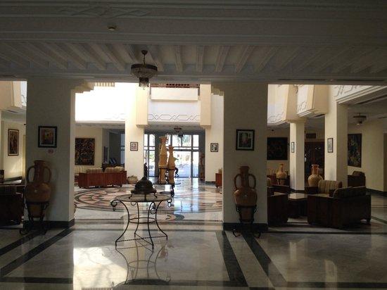 Al Jazira Beach & Spa: Hall d entree