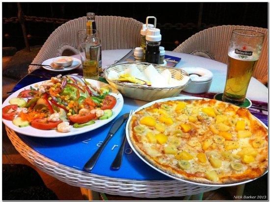 Cafe Del Mar: Excellent food