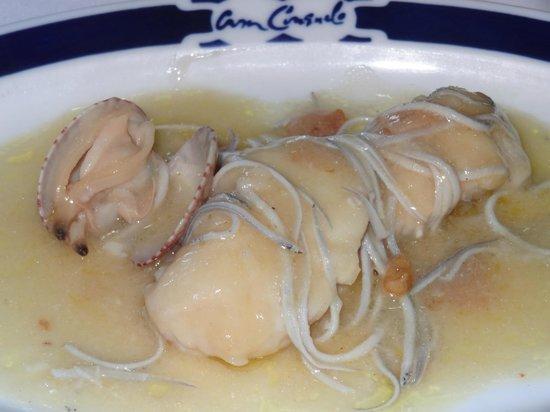 Lomos de merluza de anzuelo con angulas de verdad y almejas fotograf a de casa consuelo luarca - Casa consuelo otur ...