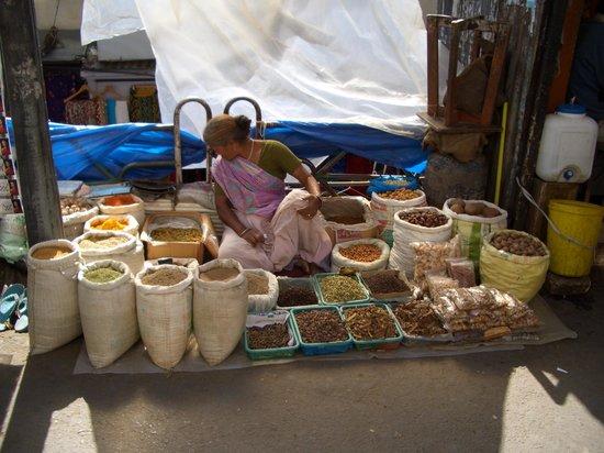 The Oberoi Cecil, Shimla : spices for sale, downtown Shimla!