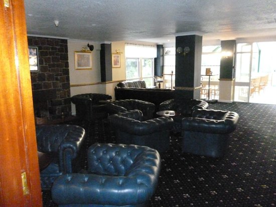 Forest Park Hotel: Relax in our lounge