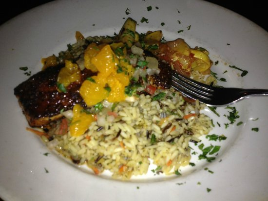 Bella Food & Spirits: Salmon with mango salsa and wild rice -- so good!