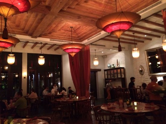 Seribu Rasa: Dining room