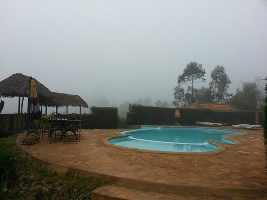 Andasibe Hotel: too cold to take a dip