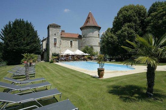 Chateau Chapeau Cornu