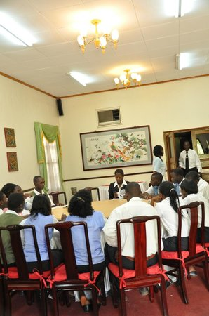Shangri-La Hotel Uganda Ltd.: meeting room