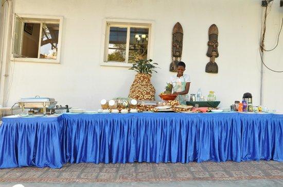 Shangri-La Hotel Uganda Ltd.: breakfast/continental buffet