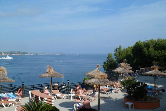 Intertur Palmanova Bay: View from room, overlooking sun terrace and pool