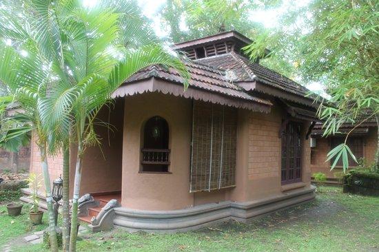 Pagoda Resorts Alleppey: Cottage