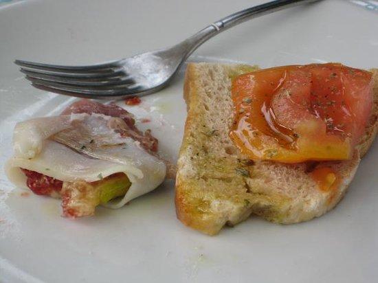 La Fontanella: Proscuitto wrapped pepper stuffed with fig, &  Bruschetta