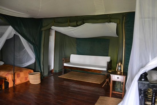 Ngorongoro Forest Tented Lodge: interieur chambre