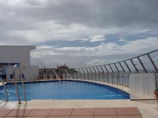 Hotel Costa Conil: Roof pool