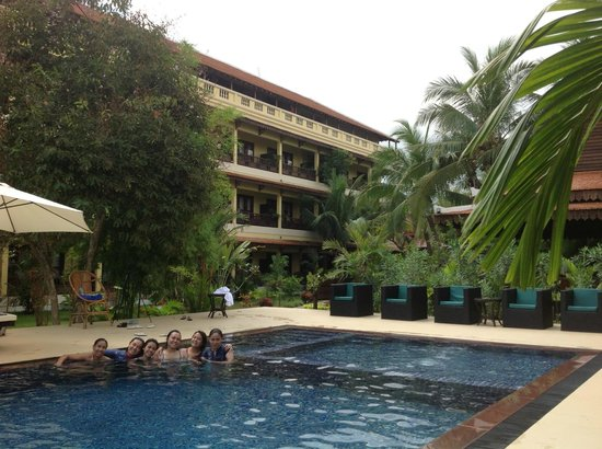 Angkor Heritage Boutique Hotel: Swim before lunch