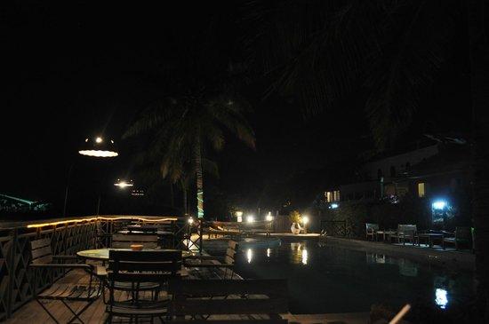 Flamingo Restaurant : la piscine