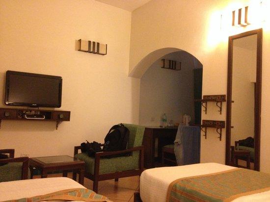 Home@F37: room