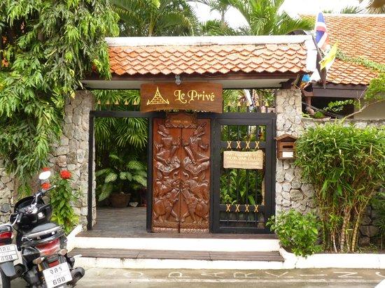 Le Prive Pattaya : Entrée