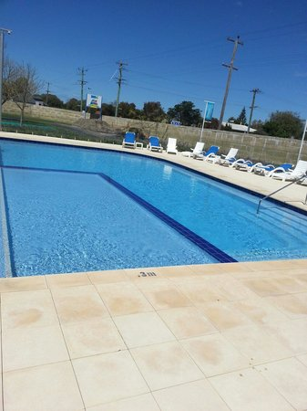 BIG4 Beachlands Holiday Park: Pool area