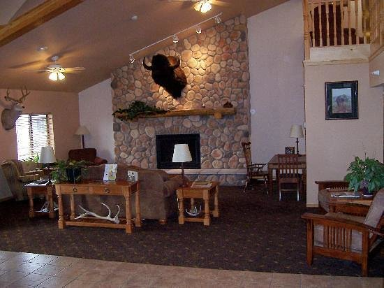 AmericInn Lodge & Suites Belle Fourche: Great Lobby