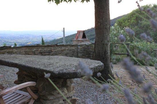 Locanda San Martino a Bocena : Bedroom outlook