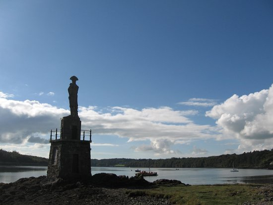 Anglesey Walking Holidays - Day Tours: Blue Strait