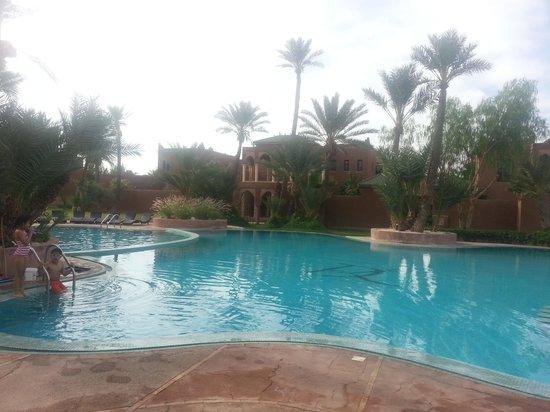 Résidence Dar Lamia : Main residence pool