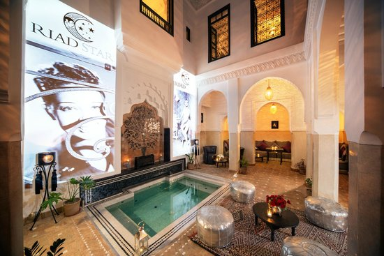 Riad Star: Patio and Dipping Pool