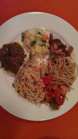 Radisson Blu Dhaka Water Garden : Spice and Rice Restaurant - taste treat for a good value 1500tk+tax