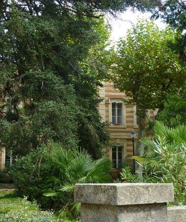 Les Marguerites : veiw fro the garden