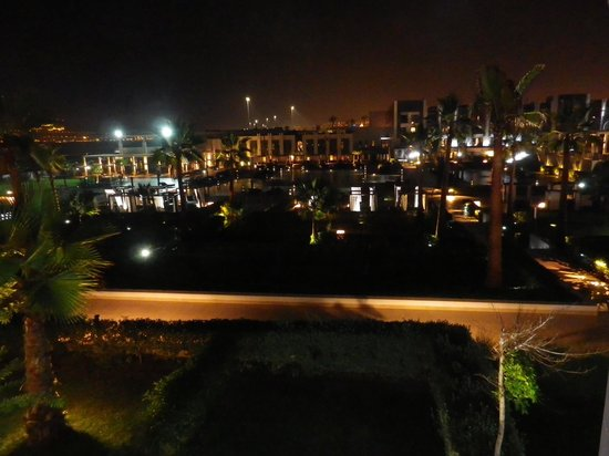 Sofitel Agadir Thalassa Sea & Spa: Evening pool view from our room.