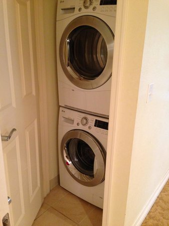 Reunion Resort of Orlando: Washer/Dryer in unit