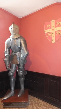 The Manor House Hotel: Suit of armour
