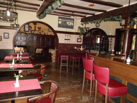 Lahnromantik: Die Bar zum kalten Bierchen...