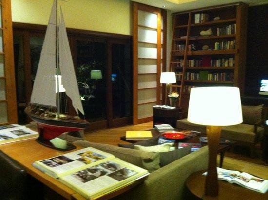 Shanti Maurice - A Nira Resort: Библиотека