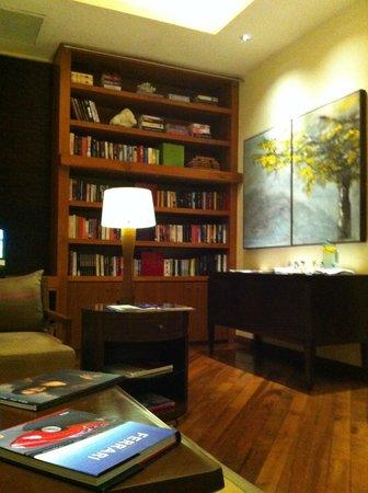 Shanti Maurice Resort & Spa: Библиотека