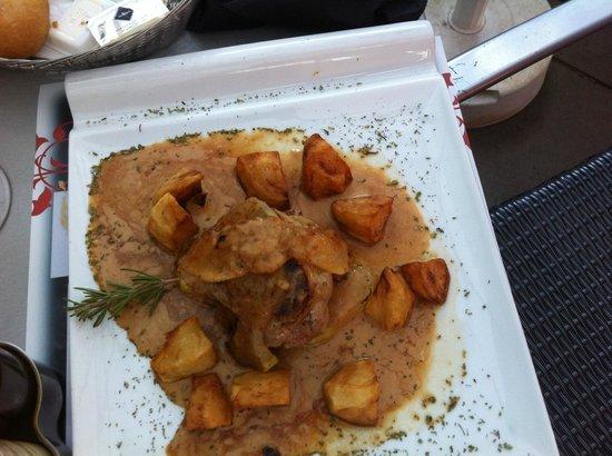 Cafeteria El Aguila : solomillo de cerdo (pork fillet)