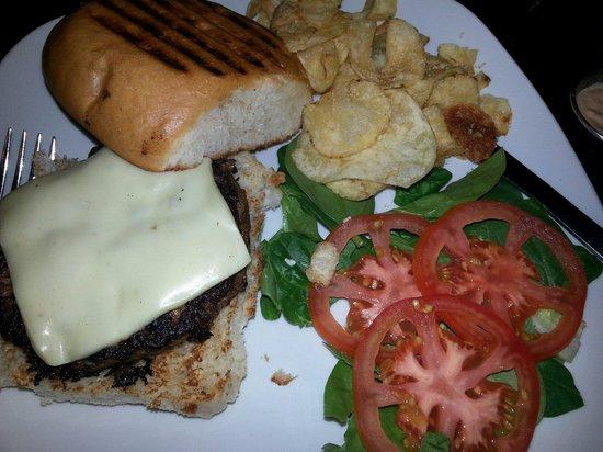 Harvest Cafe: The pepper jack burger