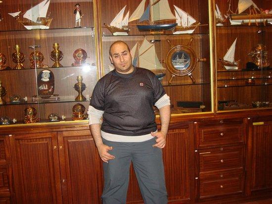 Radisson Blu Hotel, Kuwait: Museum in Radisson Blu Hotel