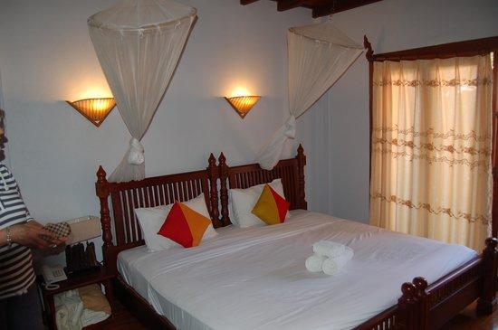 Muang Thong Hotel: Chambre