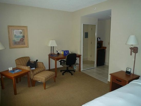 Best Western Plus Kendall Hotel & Suites : Ablage