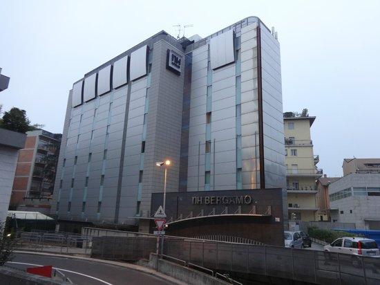 NH Bergamo : Отель