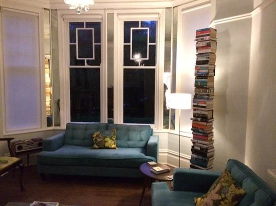 Venton Vean: Living Room