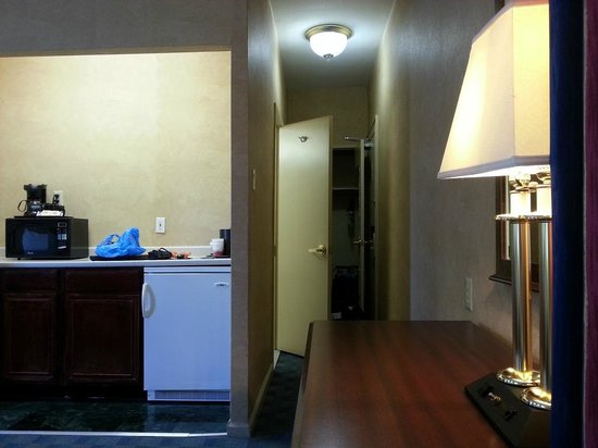 Ramada Jersey City: entry
