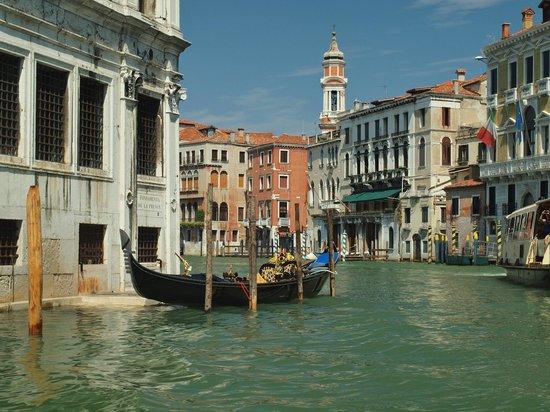 Ca' Angeli: Grand Canal